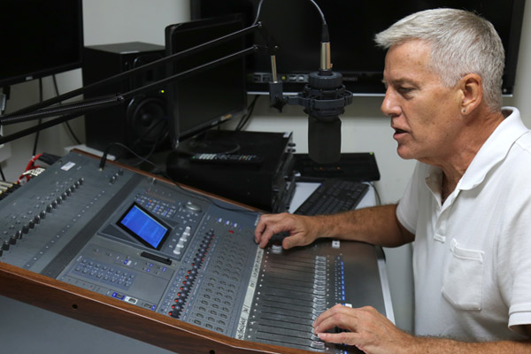 Gary Smoke will produce the Radio format of MataTV